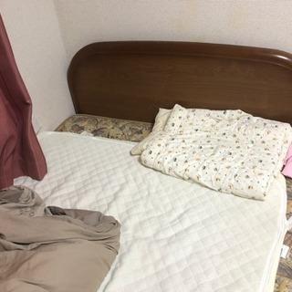 セミタブルベッド