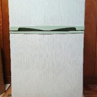 美品Elabitax冷蔵庫2ドア96リットル一人暮らしや単身赴任に
