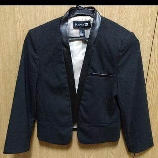 FOREVER21の黒ジャケット