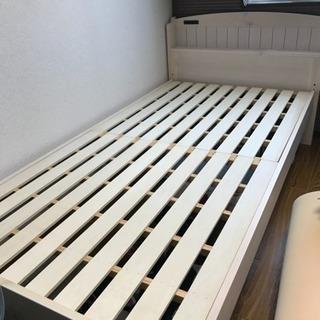 シングルベッド すのこ 高さ調整可能 2口コンセント付き