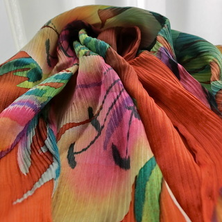 高級手描染めシルクスカーフ 値下げ プリーツ絹スカーフ
