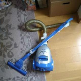 中古・サイクロン式掃除機