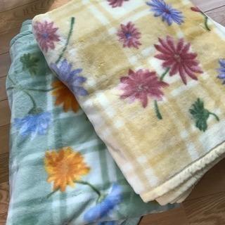 アクリル毛布2枚セット