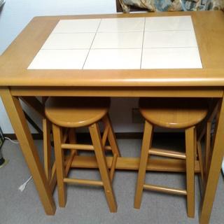 タイル付テーブルとイス2脚のセット