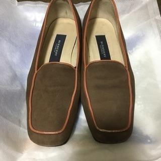 BurberryLondonの靴 値下げしました