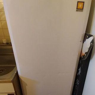 レマコムの縦長冷凍庫あげます(椎名町まで取りに来ていただければあり...