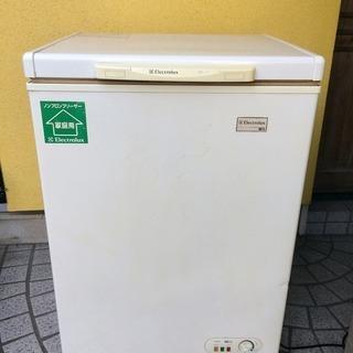 エレクトロラックス 冷凍庫 ストッカー ECB105 105L 2...