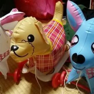犬、ビニール玩具