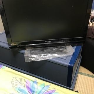 シャープ製液晶カラーテレビ