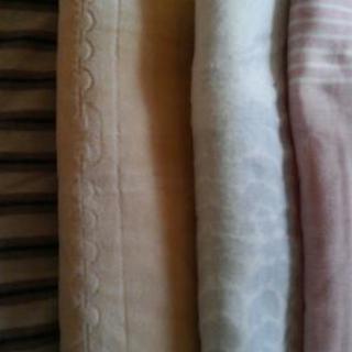 新品未使用☆敷き毛布
