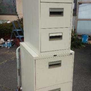 中古/鍵なし スチール収納棚 書類入れ 本収納