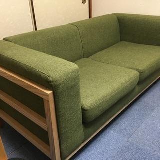 2.5P  グリーンのソファ