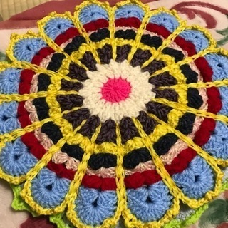 手編みのシートクッション