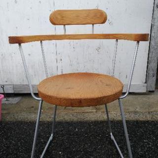 オシャレな木製座面チェア
