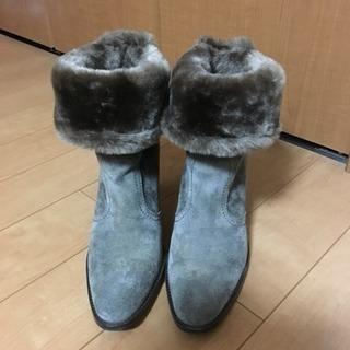 ブーツ22.5cm☆美品