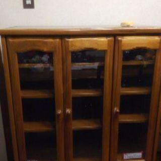 食器棚 幅86㎝高さ112㎝奥行44㎝