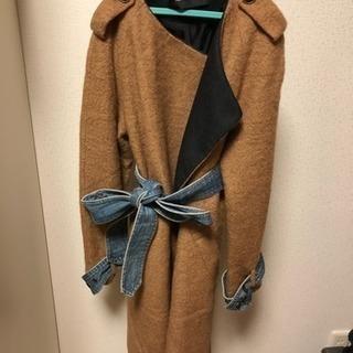 袖とウエストのデニムがカワイイ冬物コート