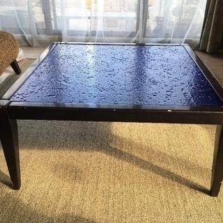 ブルー(青)工芸ガラス天板 ローテーブル