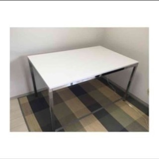 IKEA テーブル ファミリー用