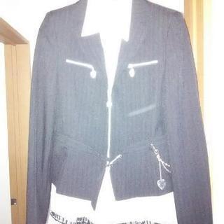 卒業式用の女児用制服です。