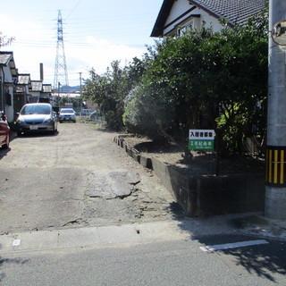 福岡不用品回収借家7軒分の防草工事