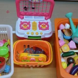 児童福祉施設・おもちゃ図書館ハルモニアに寄贈お願い致します。