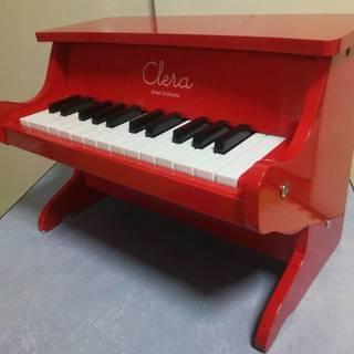 【値下げしました】ほぼ新品☆クレラ ミニピアノ アップライト型 赤...