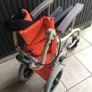 【中古】あい&ゆうき 歩行補助兼用車椅子12インチAY12-35 − 愛知県
