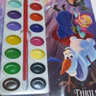 ディズニー  アナと雪の女王  絵の具つきぬり絵