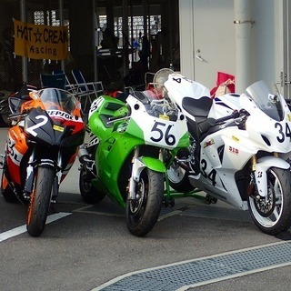 バイク モータースポーツ サーキットでお手伝い♪♪