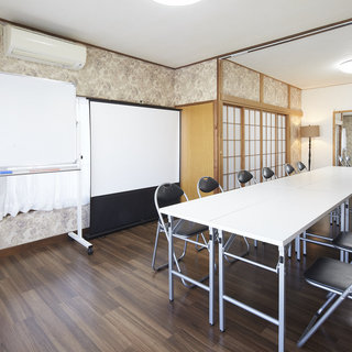 神楽坂の隠れ家的レンタルスペース 香音里の貸し会議室
