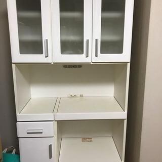 お取引中!レンジ台付き食器棚です。