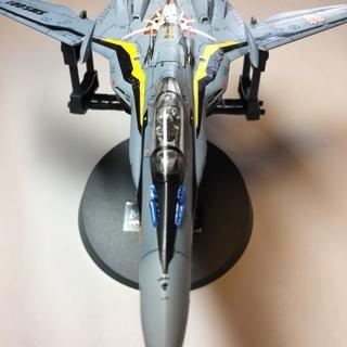 マクロスVF-25S(オズマ機)電飾プラモデル(完成品)