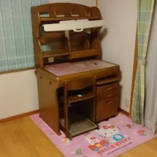 値下げしました。取りに来ていただけるなら更に安くします。子供学習机