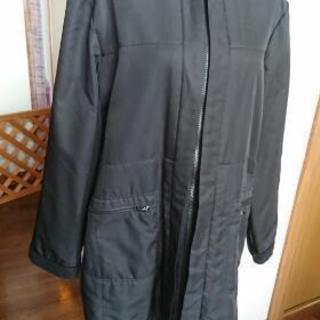 中フリース黒のコート
