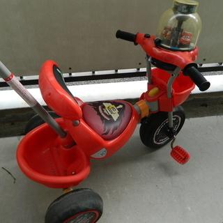 映画「カーズ」の大人気キャラクター 三輪車