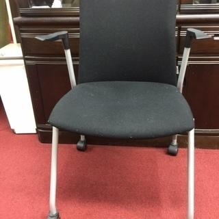 事務用椅子:黒