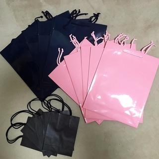値下げ! カラーバッグ(ピンク、紺、黒) 手提袋 紙袋 ペーパーバッグ B4サイズ対応大型 文庫本サイズ対応小型の画像