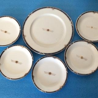 【MOMOYAMA食器セット】小皿5枚(未使用)、大皿1枚(中古)