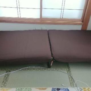 値下げ💴⤵️折り畳みパイプベッド