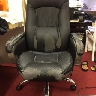 VIPな黒いキャスター付き椅子
