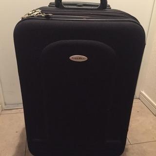 黒スーツケース