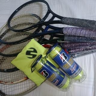 テニスラケット&ボール