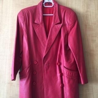 値下げました⚠️牛皮🌹レディス、レザーハーフコート 赤