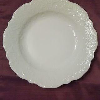たち吉 新作❗ 新品未使用  フラワーリースサラダプレート 白いお皿