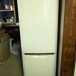 冷凍冷蔵庫(中古) 12/24迄の引き取り希望です(145ℓ 一...