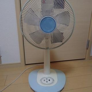 リモコン付き扇風機無料で差し上げます。