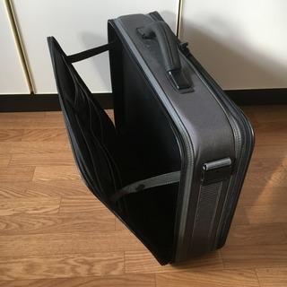 軽量 ビジネスバック 大容量 書類かばん / 商談 出張 旅行 多目的利用鞄 / グレー ショルダーベルト欠品 / 中古品 - 売ります・あげます