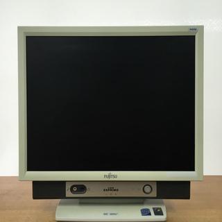 中古一体型パソコン (型番:FMV-K5250,商品ID:77)
