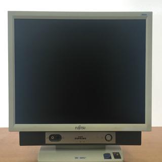 中古一体型パソコン (型番:FMV-K5250,商品ID:71)